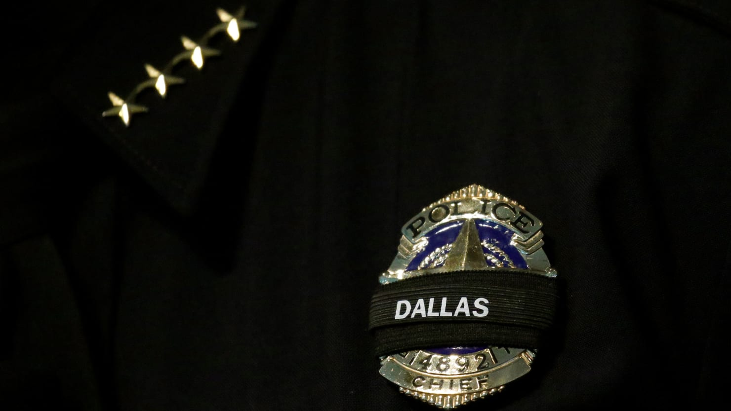 Dallas Police Officer Sues Facebook and Twitter Over 2016 Ambush