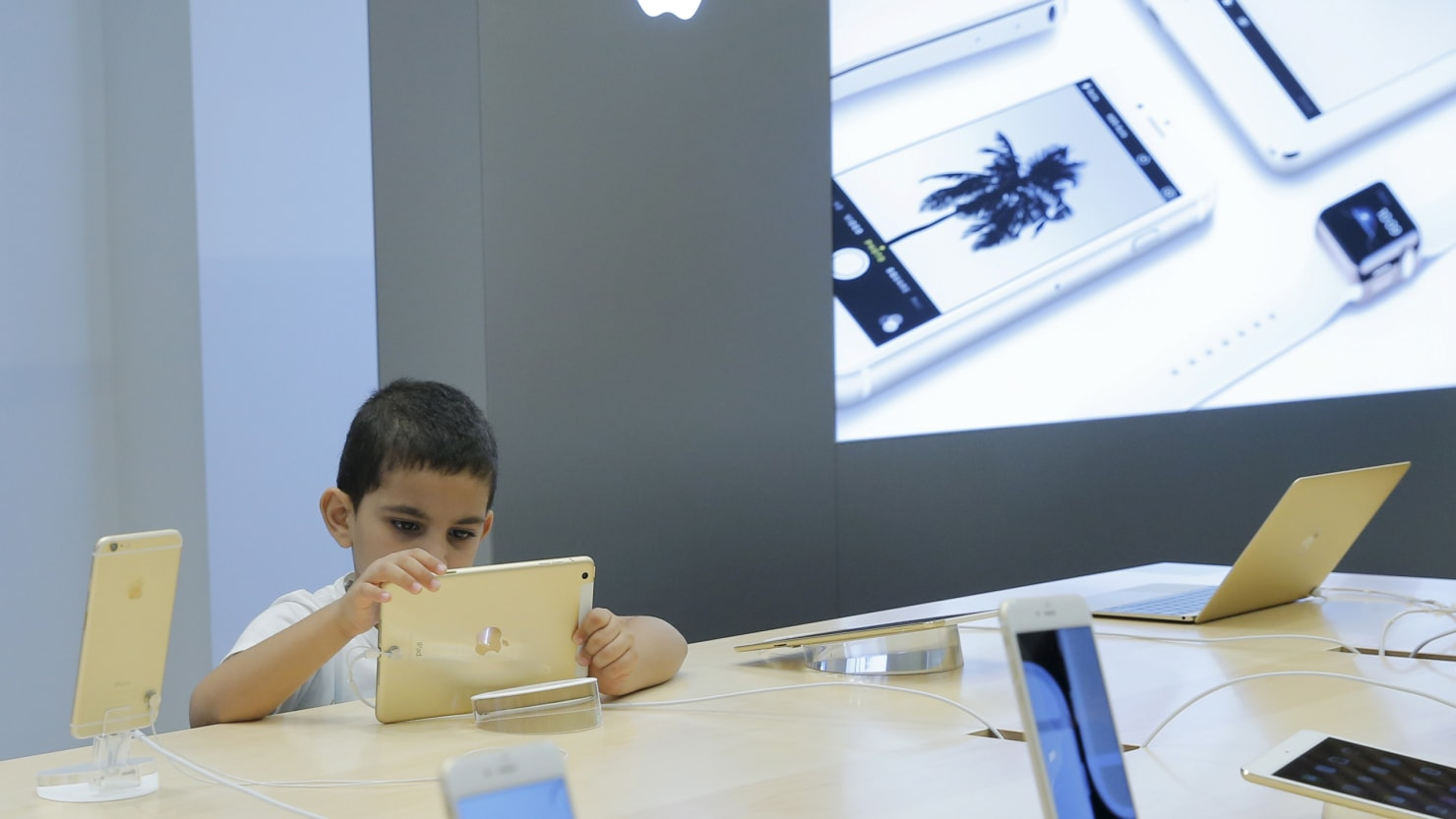 Screen Time More Than Doubled for Babies Between 1997 and 2014: Study