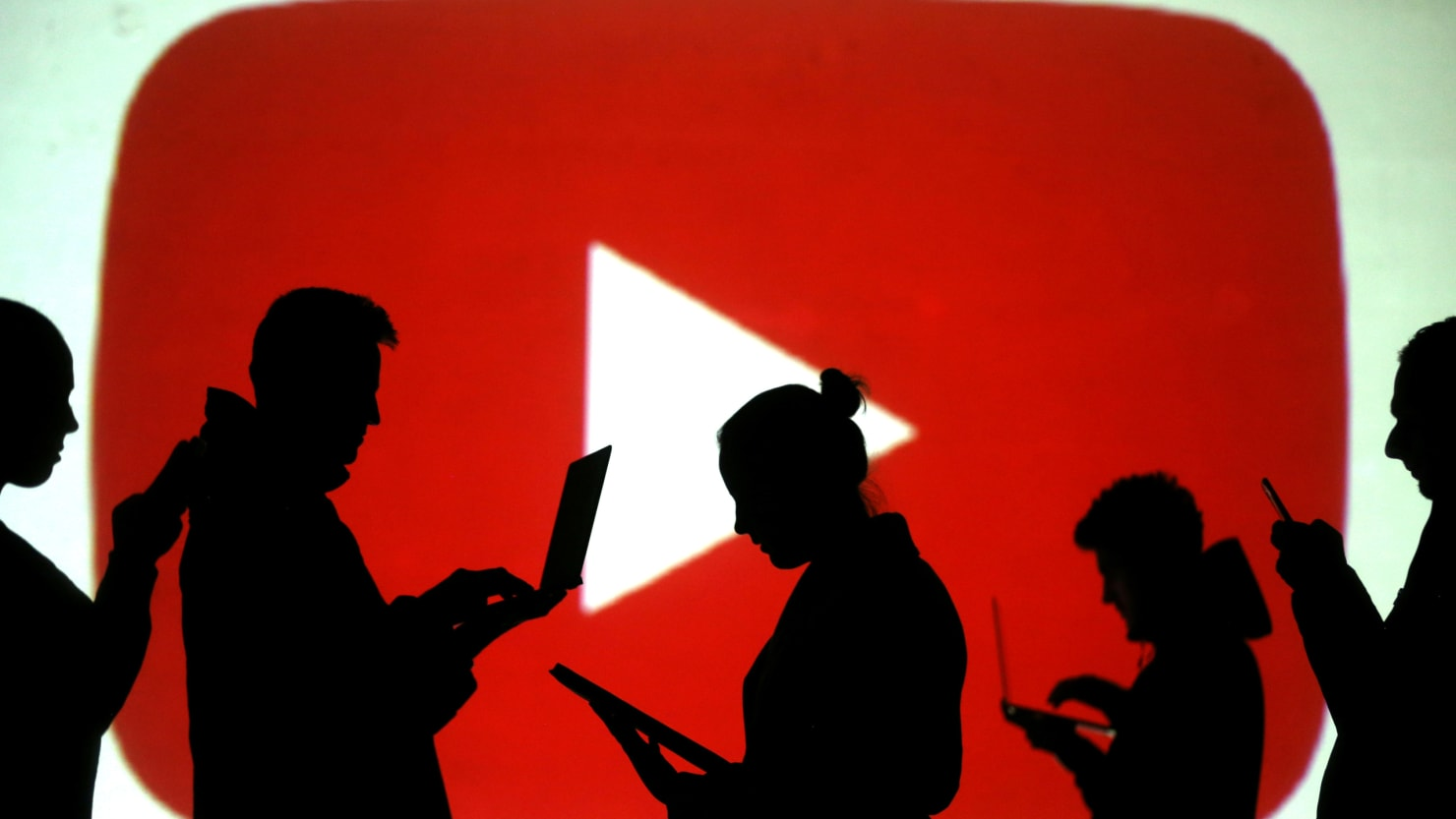 Youtube Says It's Removed 'Tens of Thousands' of Videos From New Zealand Mosque Attacks