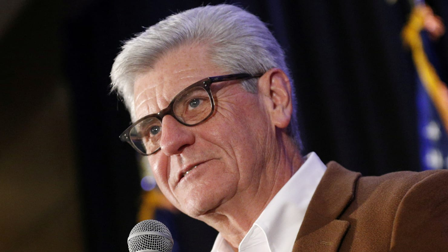 Mississippi Gov. Phil Bryant Signs Controversial 'Heartbeat' Abortion Ban