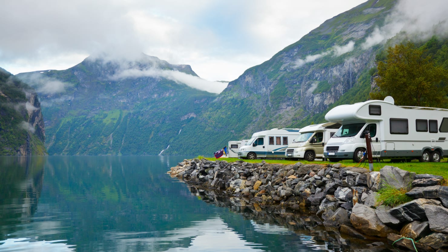 Why Renting an RV Is an Easy, Affordable, and Interesting Way to Vacation This Summer