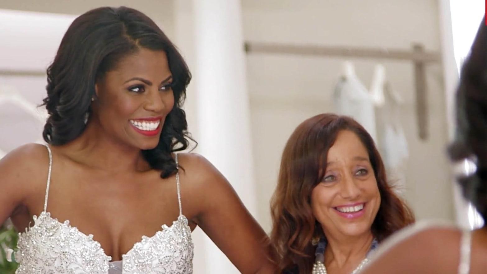 Omarosa Wedding Dress.Trump Staffer Omarosa Returns To Her Reality Tv Villain Ways