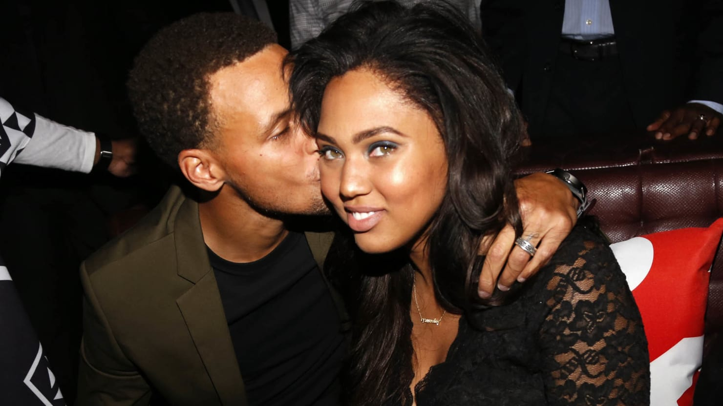 Ayesha Curry Is Not Here For Your Kim Kardashian Comparisons-1512