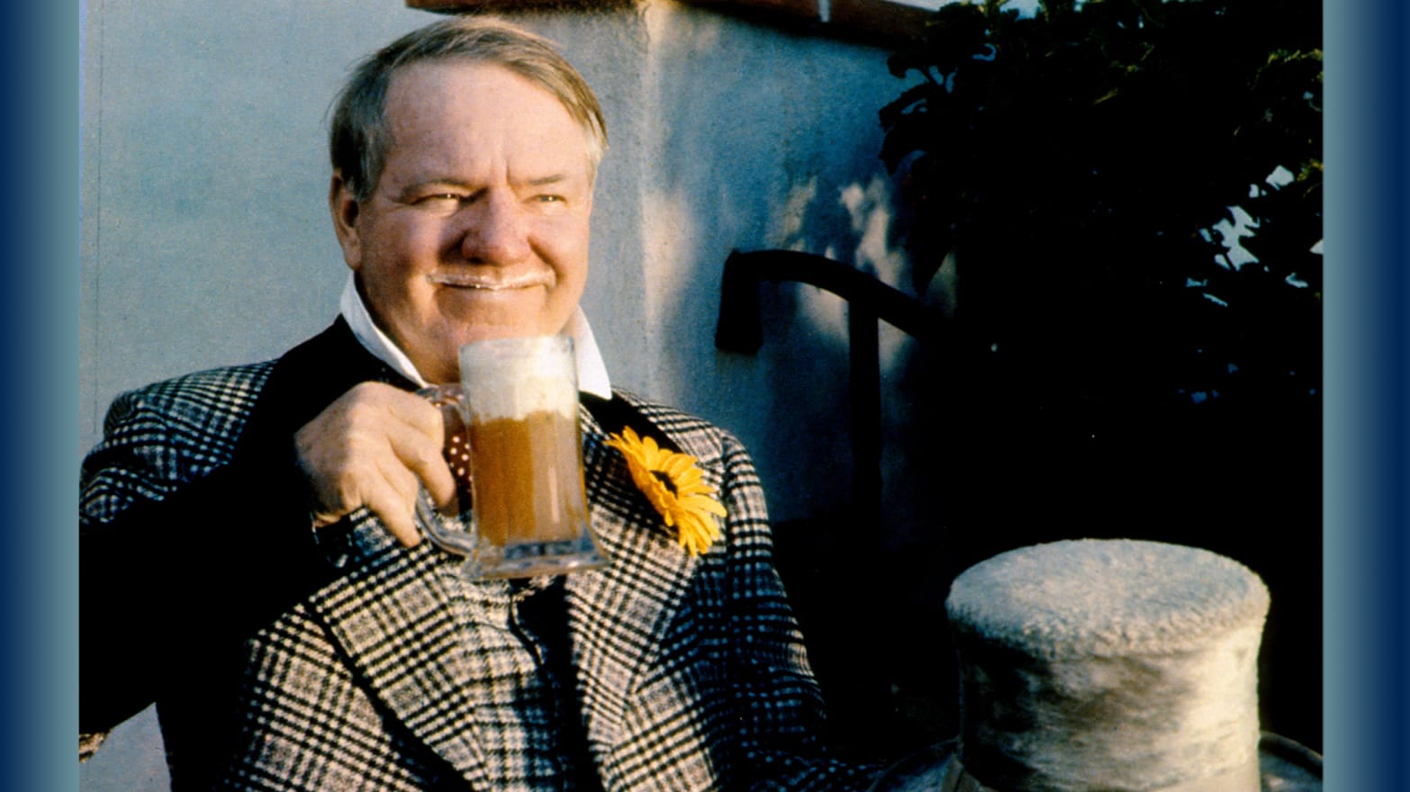 2894f44fb56 How W.C. Fields Helped End Prohibition