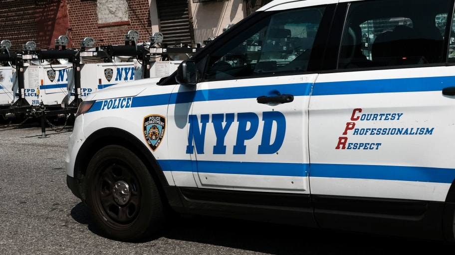 NYPD Sergeant Loses Vacation Days Over Role in Eric Garner Case