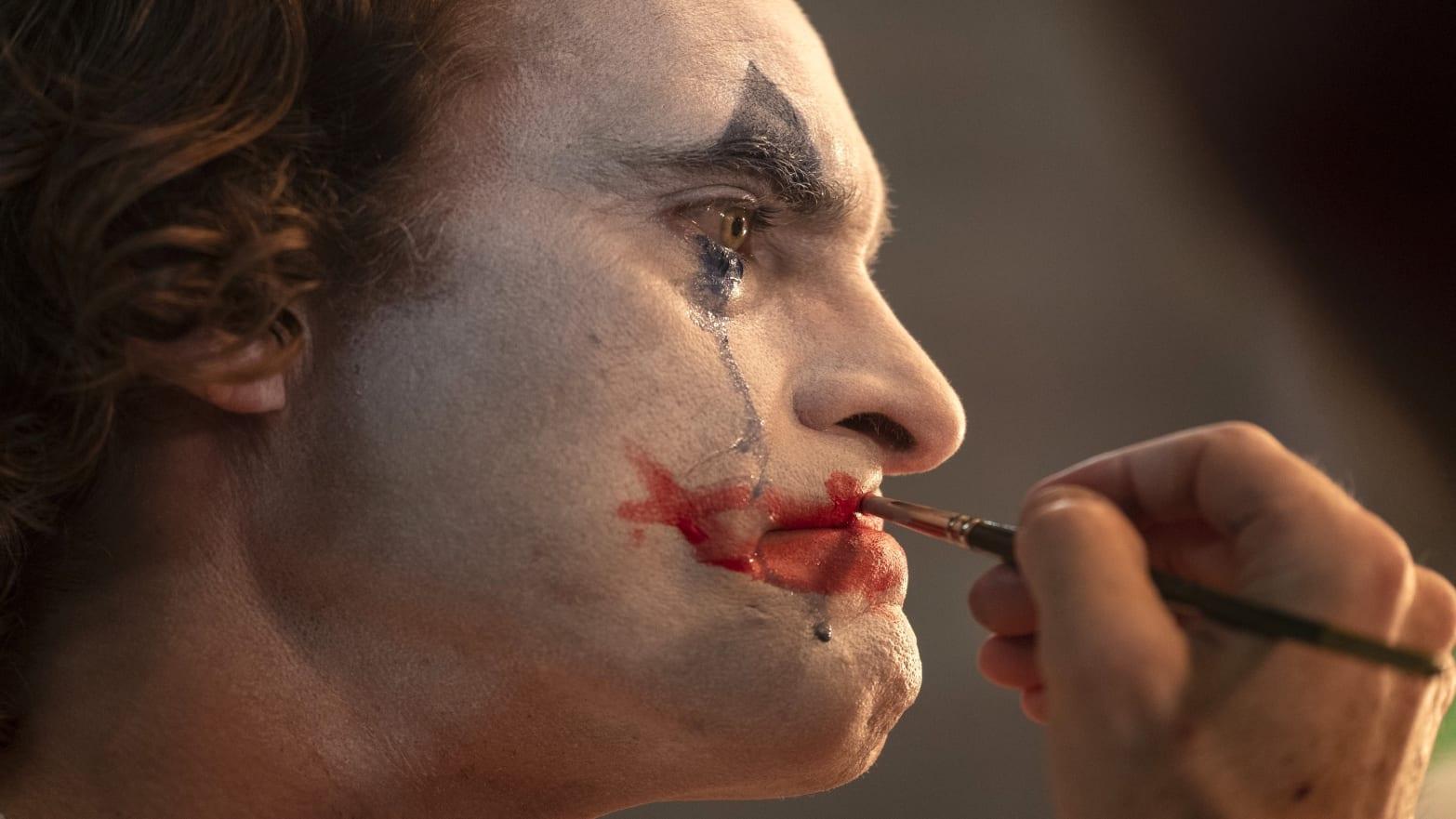 'Joker' Review: Joaquin Phoenix's Killer Clown Is the Most Terrifying One Yet