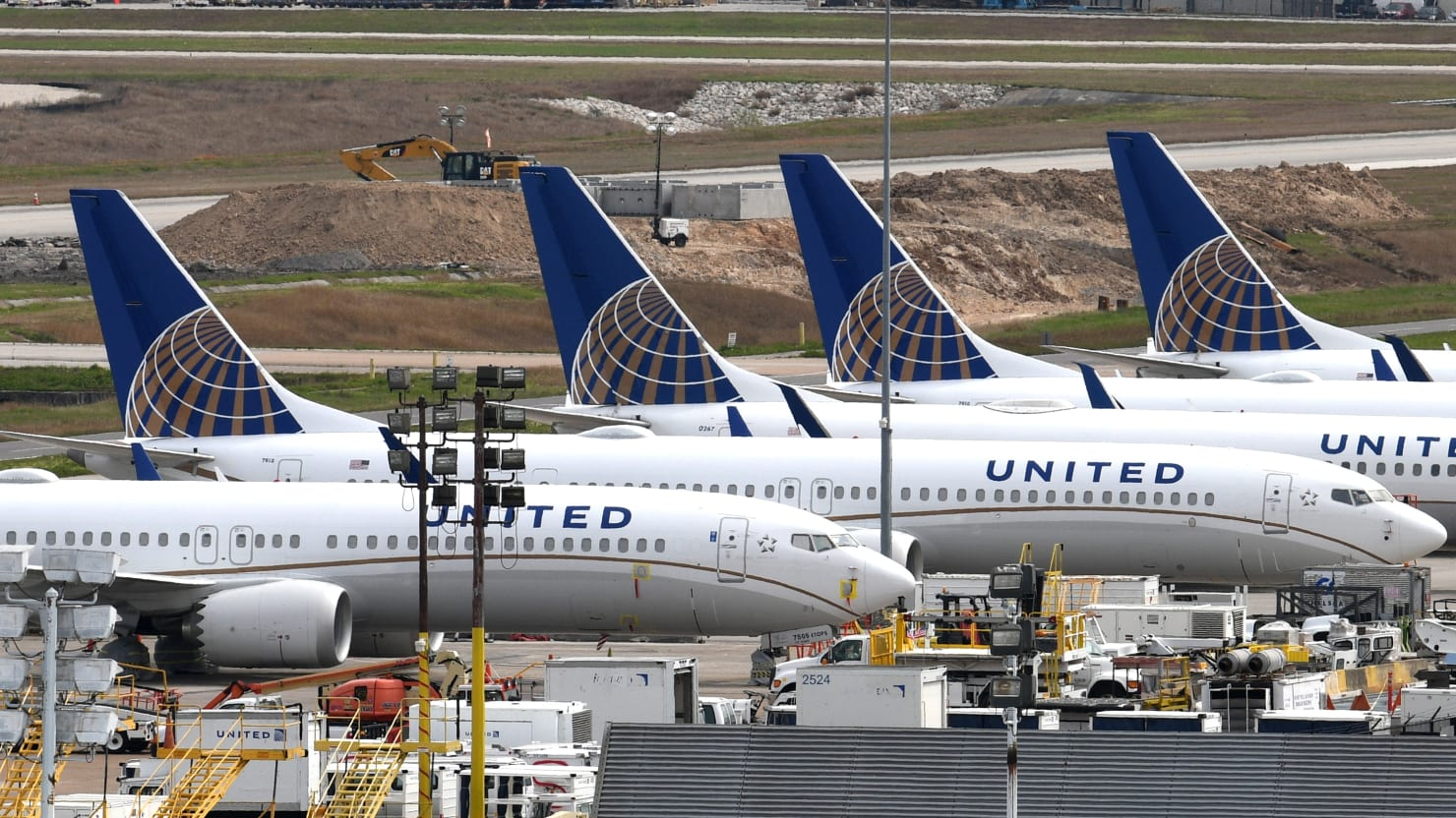 United Airlines Employee, Accused of Calling Black Woman a 'Monkey,' Charged With Racist Abuse