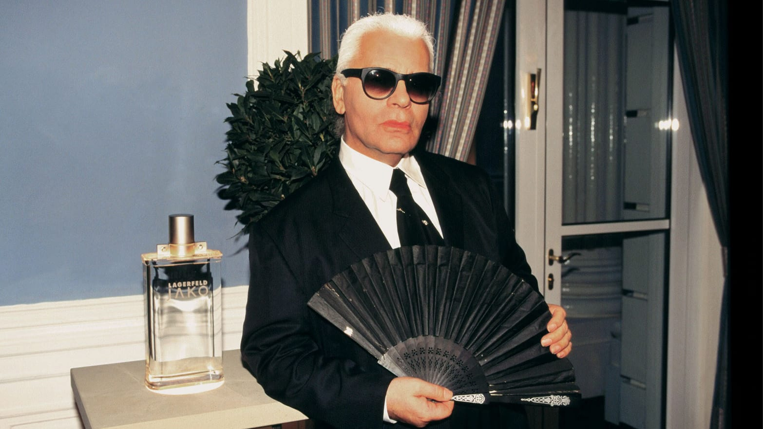 02ff0d1c1b44a9 Karl Lagerfeld: Inside His Passionate Life of Fashion, Celebrity ...