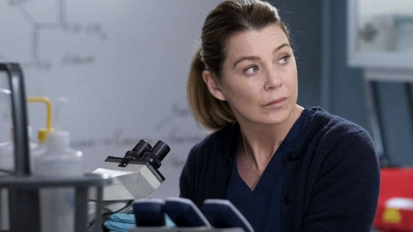 'Grey's Anatomy' Breaks a TV Record—and Deserves Your Respect, Dammit!