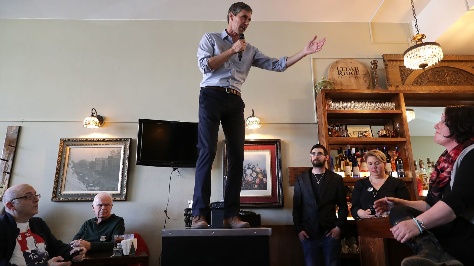 Baristas to Beto O'Rourke: Come On Man, Get Off Our Counters