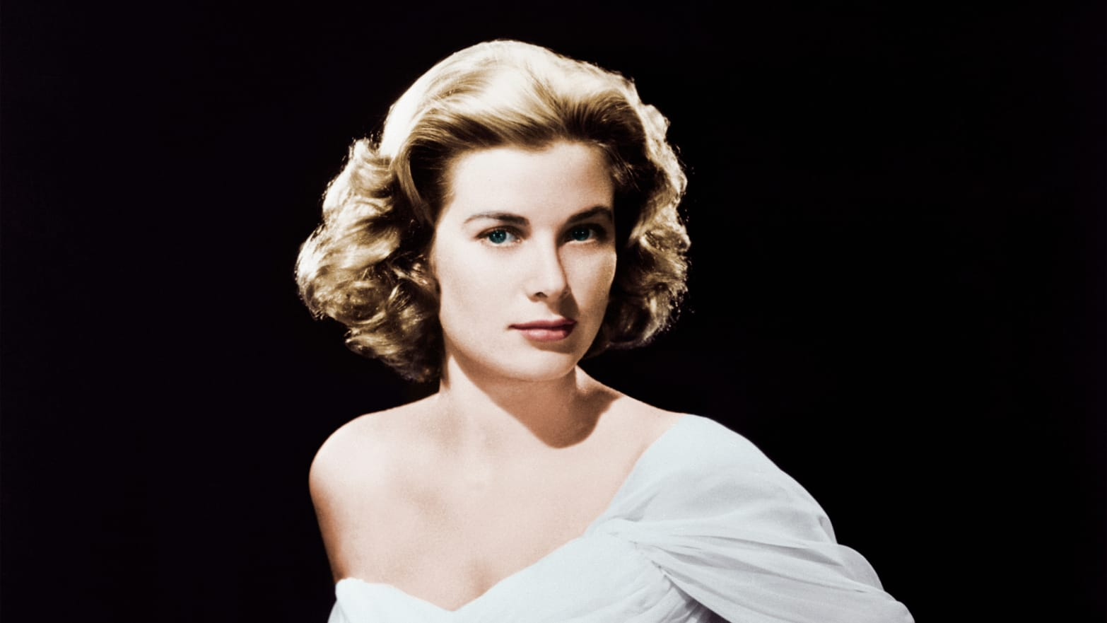 c221a332fed How Grace Kelly Dressed Like a Princess in Christian Dior