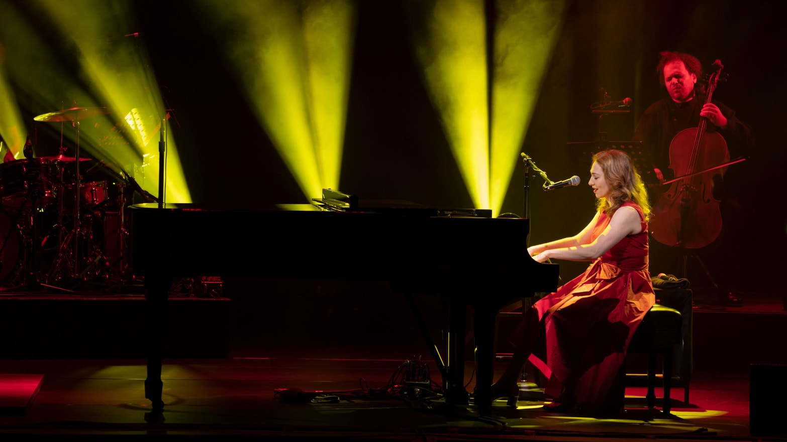 Regina Spektor Conquers Broadway, Even If She Can't Believe She's There