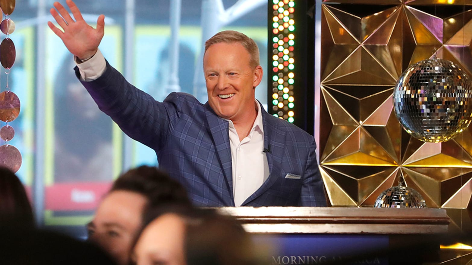 Why Sean Spicer's 'Dancing With the Stars' Casting Really Is That Pathetic