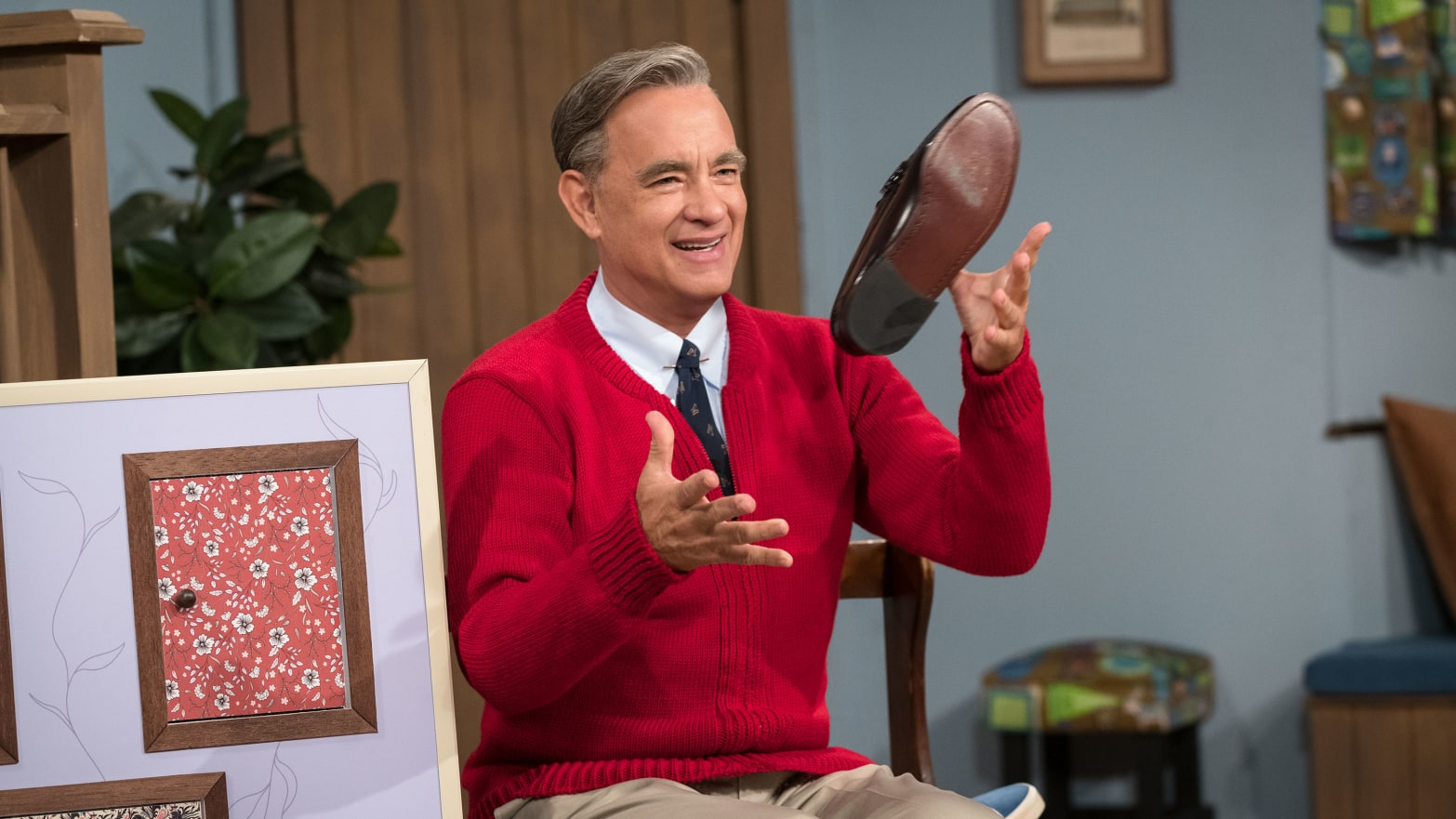 'A Beautiful Day in the Neighborhood': Tom Hanks' Mr. Rogers Film Brings Audience to Tears at Toronto