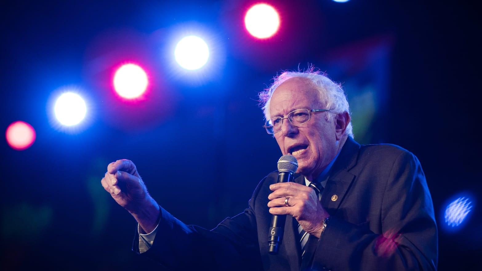 Bernie Sanders Overhauls His New Hampshire Team