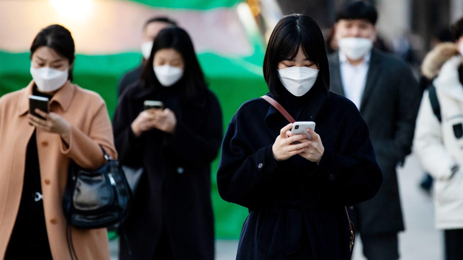 South Korea's Creepy Coronavirus Cellphone Alerts May Be Too Much ...