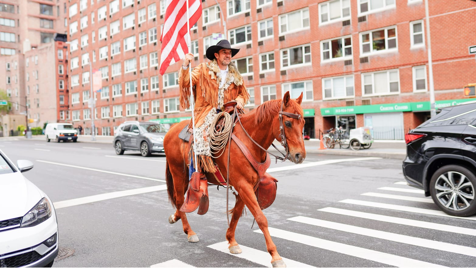 20052-sommer-cowboy-for-trump-comment-te