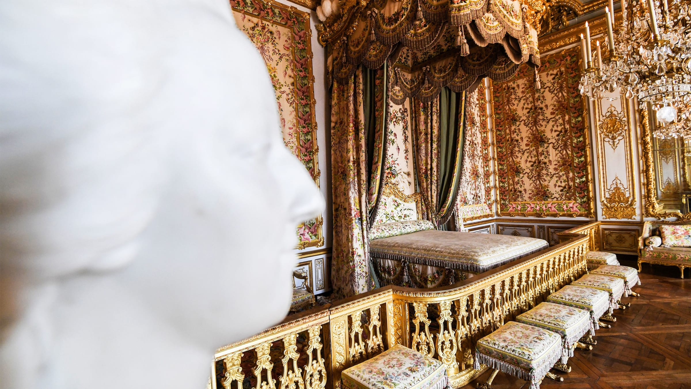 Sex orgies in french palaces