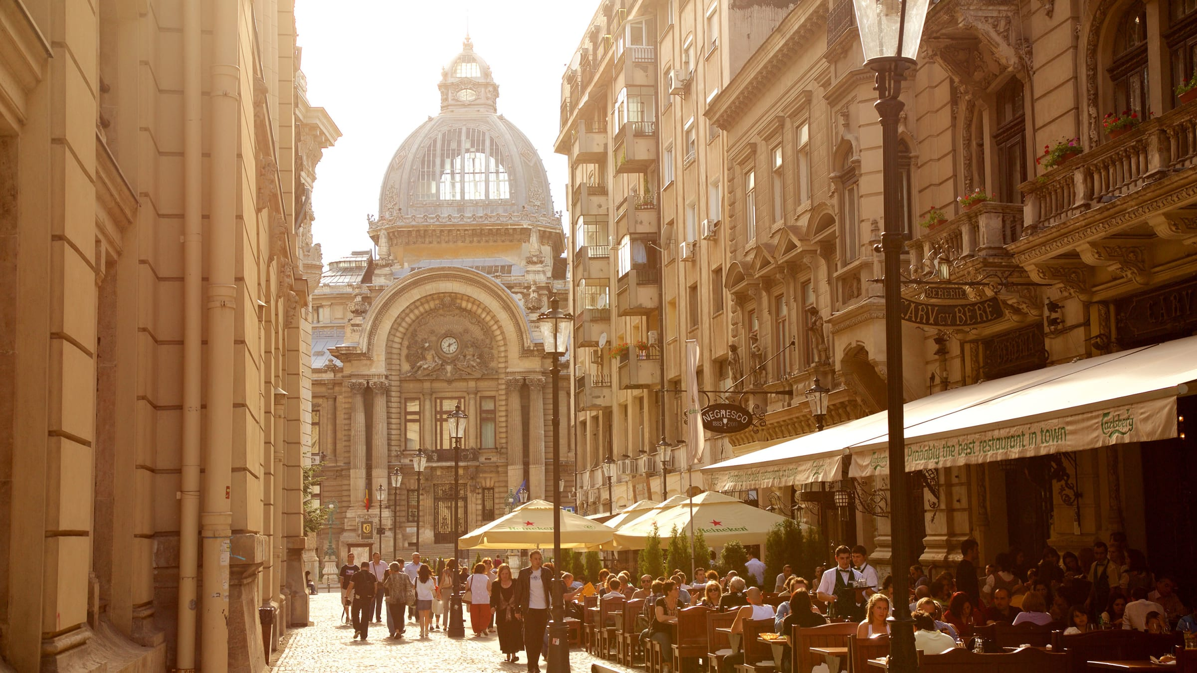 How Did Bucharest, Romania Become \'Paris of the East\'?