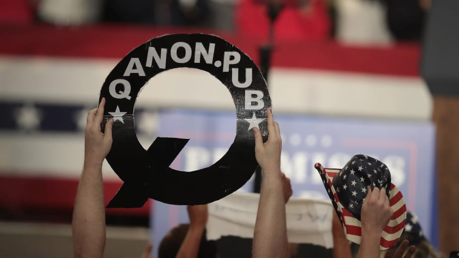 Michael Flynn, George Papadopoulos Slated to Speak at QAnon Supporter's Conference