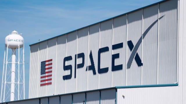 space x spacex elon musk falcon 9 human tissue computer chip rocket