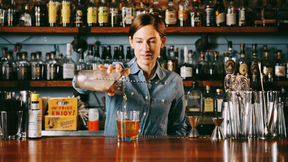 10 Rounds with Louisville, Kentucky, Bartender Susie Hoyt