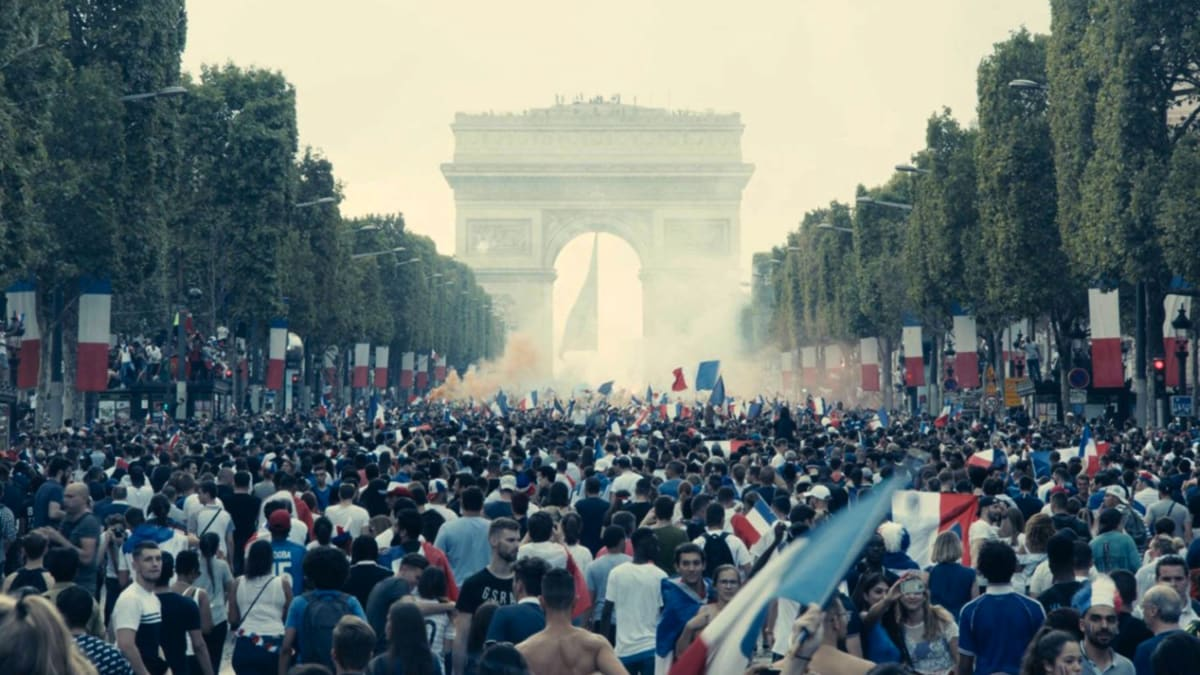 'Les Miserables': A Riveting Portrait of the Class-War Chaos in France Courts Oscar