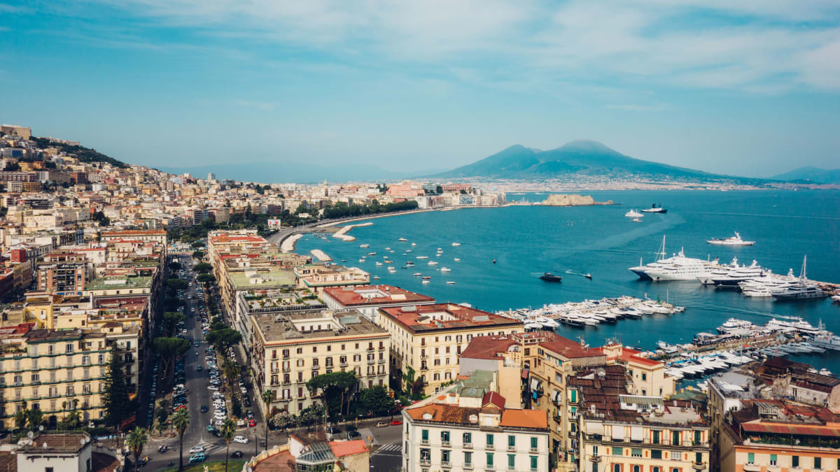 Elena Ferrante Naples Tours Are OK, But The Sinful City Has So Much More