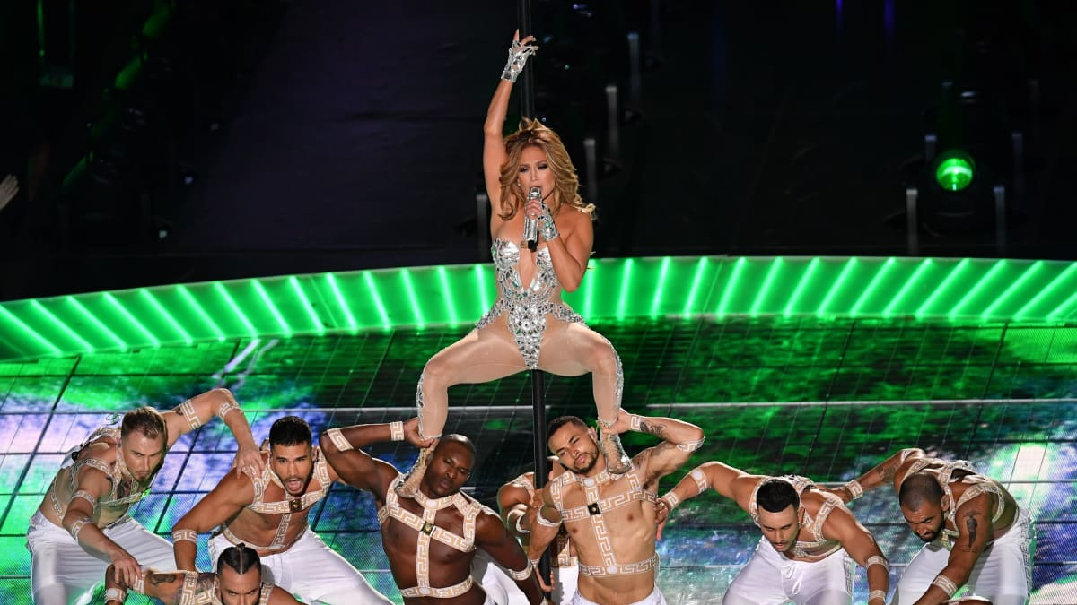 Jennifer Lopez Burned the Super Bowl Halftime Show to the Ground—and Gave the Oscars the Middle Finger