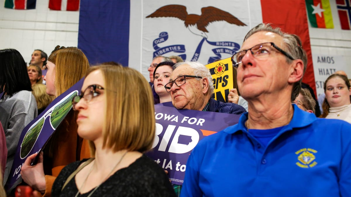 2020 Democrats' Iowa Caucuses Momentum Shifts in Final Frantic Hours