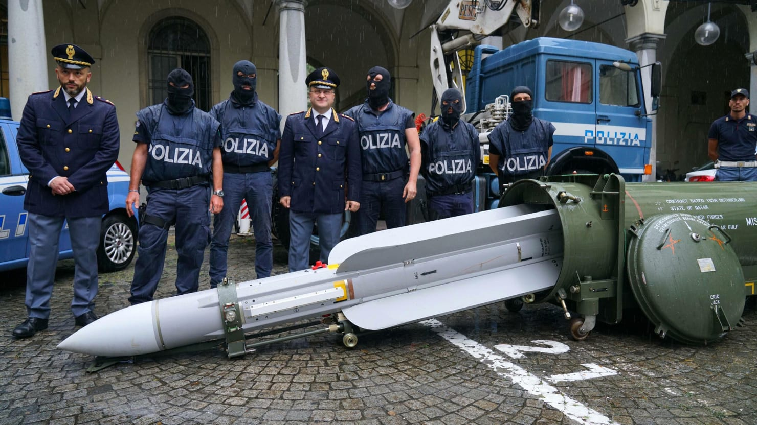 Neo-Nazis' Air-to-Air Missile: An Explosive New Clue to Salvini's Intrigues With the Russians