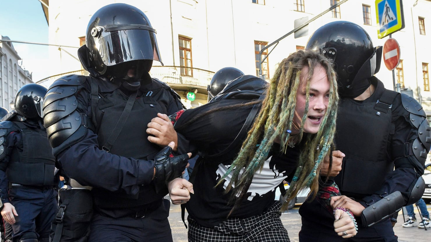 Street Protests Might Bring Down Putin-Or Make Him Even More Dangerous to U.S.
