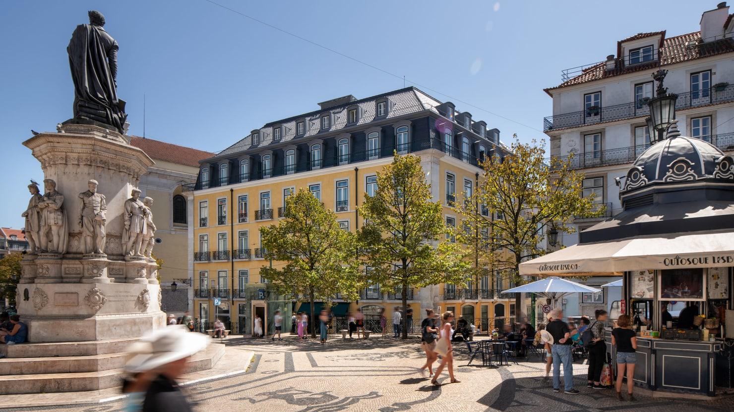 Lisbon Gets the Glamorous Hotel Her Dominance Deserves