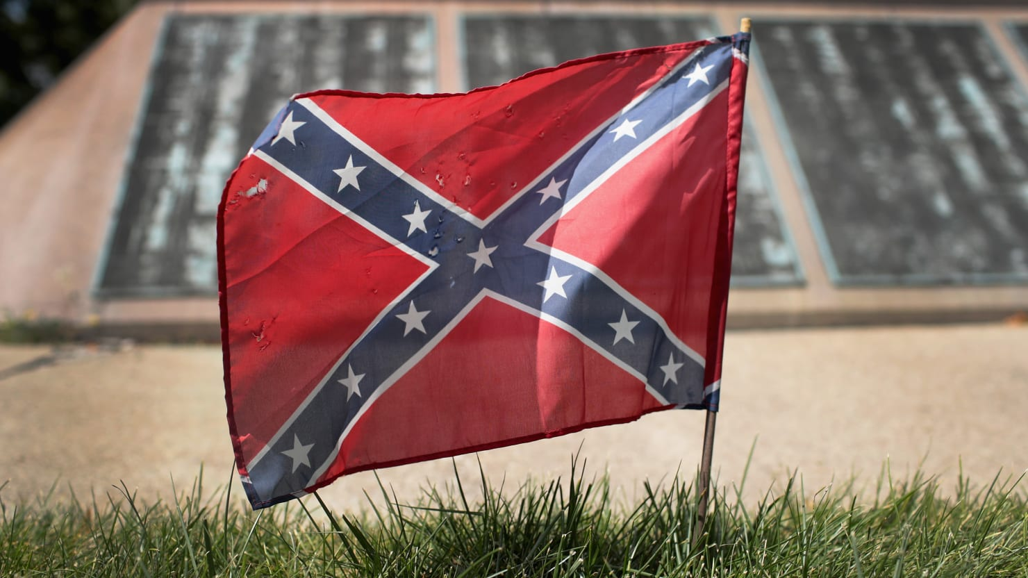 Marine Commandant Calls for Removal of Confederate Symbols From Marine Installations