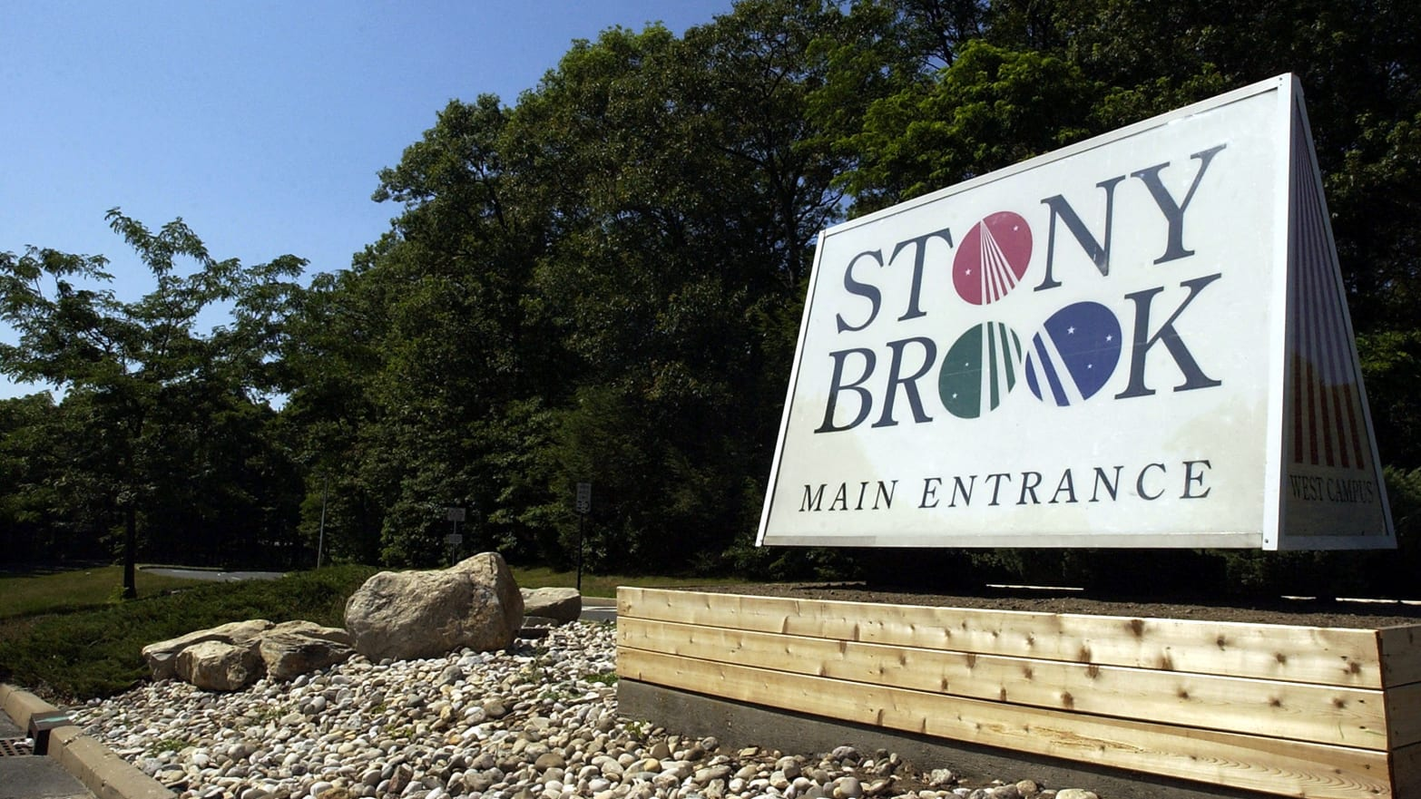 Stony Brook Professor Geoffrey Girnun Stole More Than $200,000 in Cancer Research Funds, Prosecutors Say