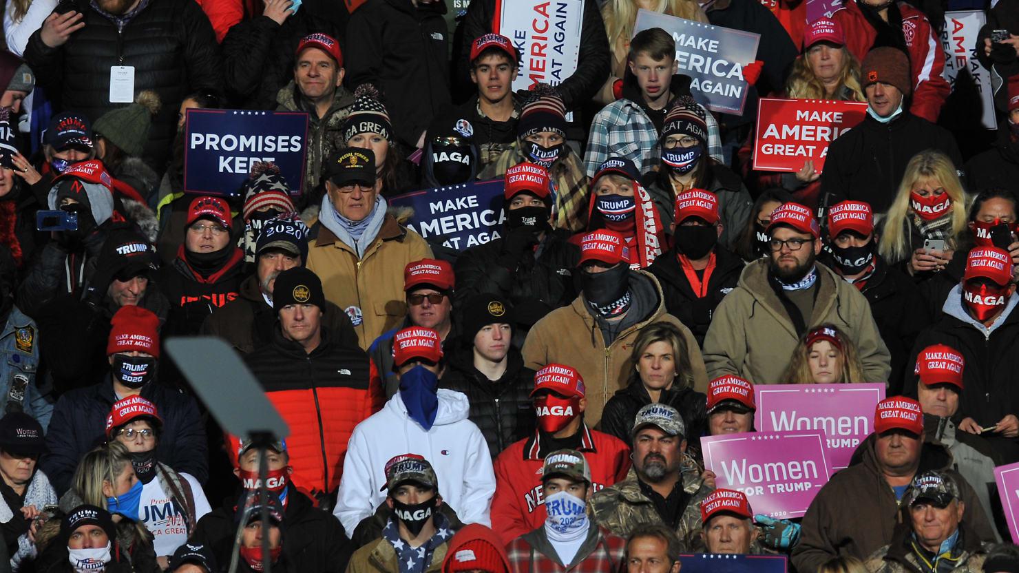Hundreds of Trump Fans Left Stranded at Freezing Nebraska Airfield After Rally