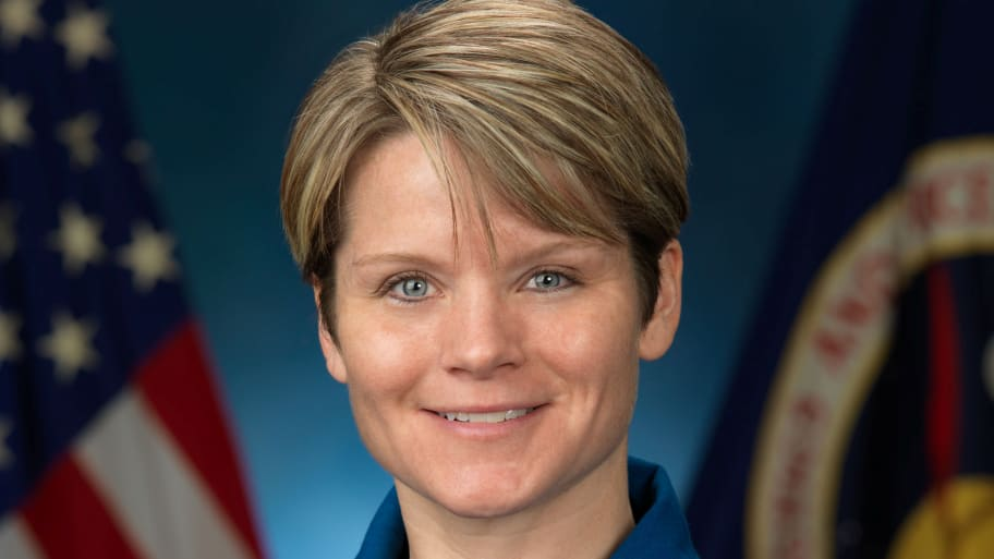 Anne McClain, NASA Astronaut Accused of Identity Theft From Space, Says 'No Truth to These Claims'