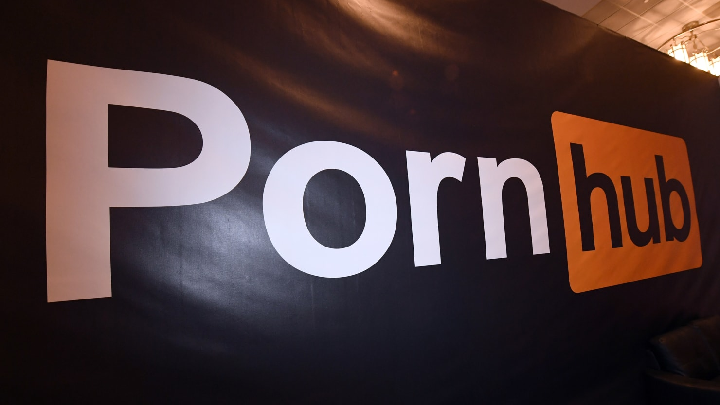 How a Text From Bill Ackman Led to Pornhub Scrubbing Millions of Unauthorized Videos
