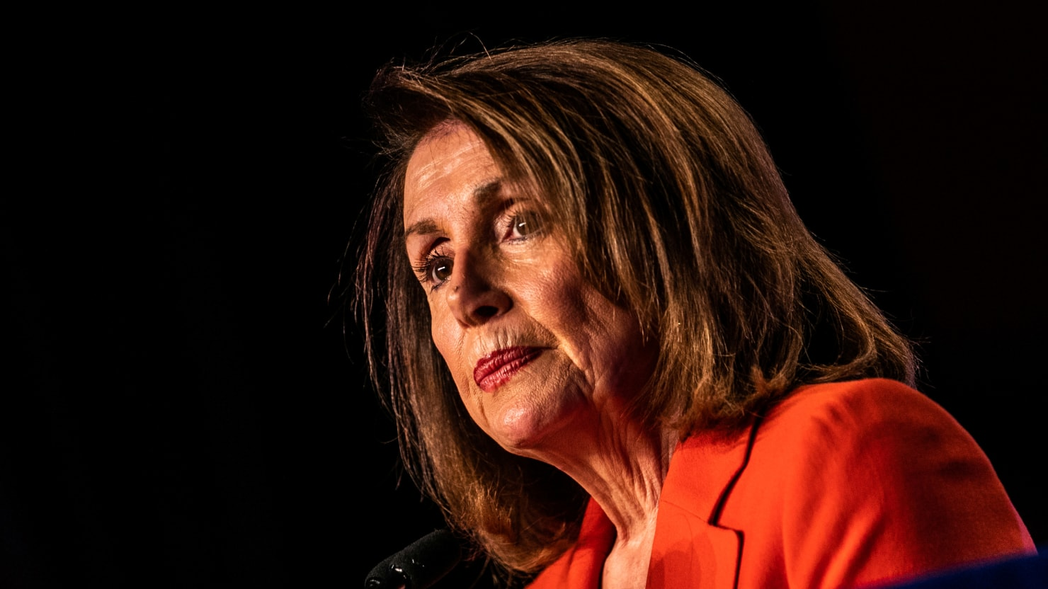 Pelosi Urges Mueller to Testify Publicly to 'Restore Trust' in Handling of Report