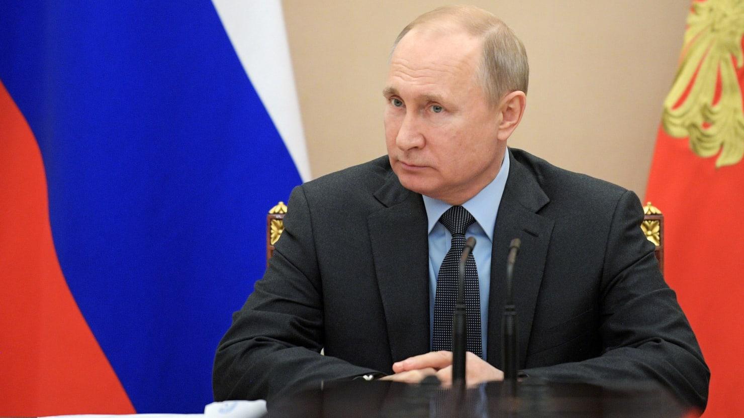 Russia Passes Bill in Move Toward Internet Control