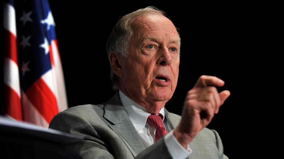 Controversial Oil Magnate T. Boone Pickens Dies at 91