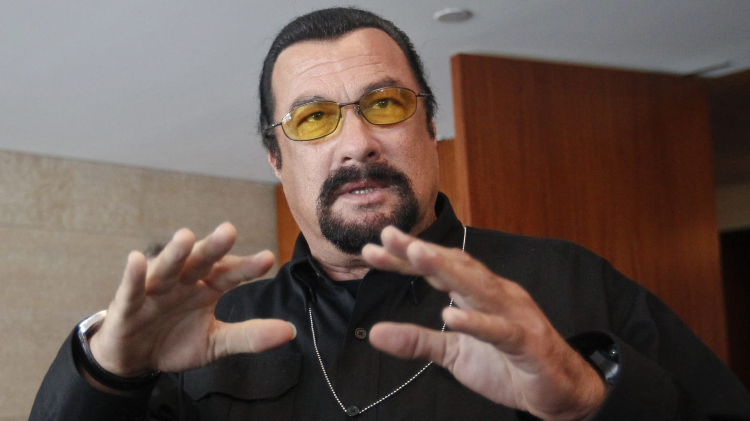 Steven Seagal Charged With Illegally Promoting Cryptocurrency