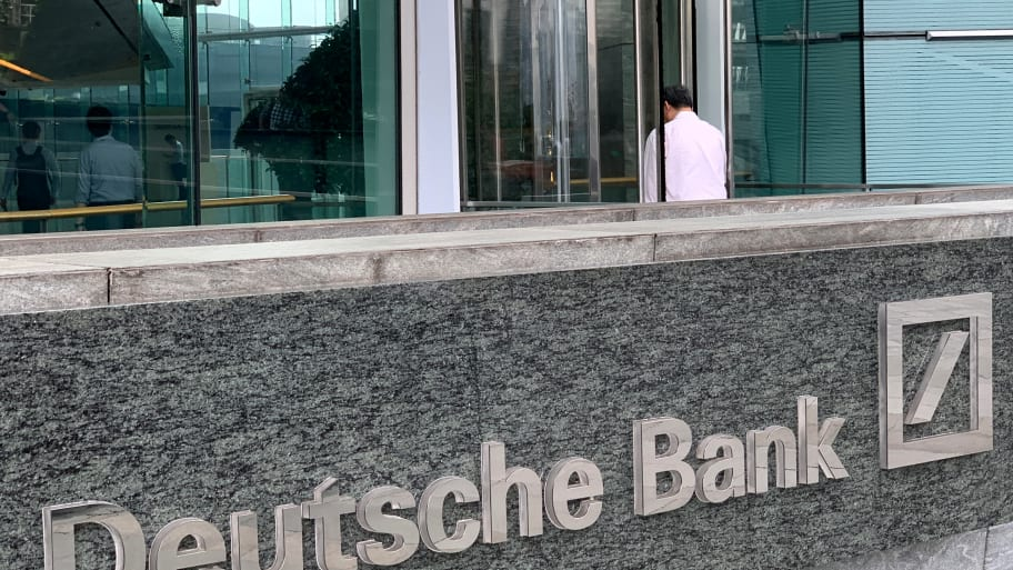 Deutsche Bank Flagged Epstein to U.S. After He Moved Money to Overseas Accounts: Report