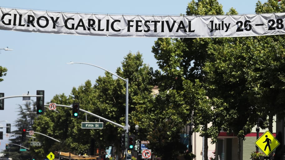 Gilroy Garlic Festival Shooting: 'Dilbert' Creator Scott Adams Apologizes for Tweeting About His App