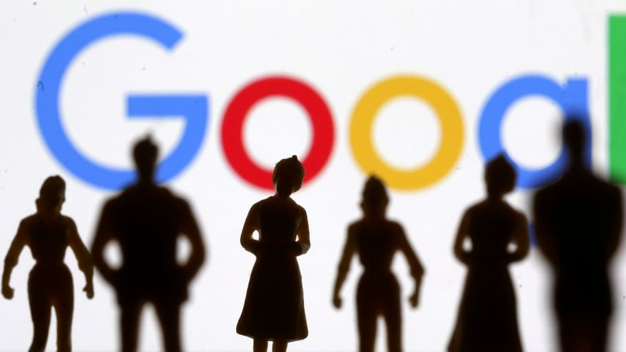 Google Accused of Selling Users' Personal Data to Ad Companies