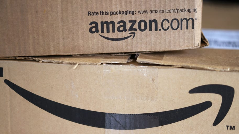 Amazon 'Reviewing' Website After Suggesting Bomb-Making Items