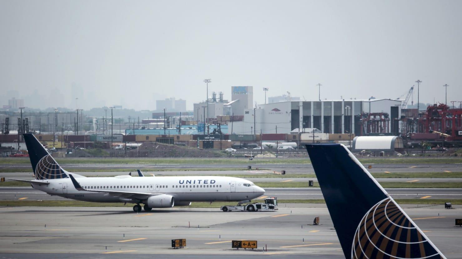 United Airlines Plane Skids Off Runway in Newark Disrupting Air Travel