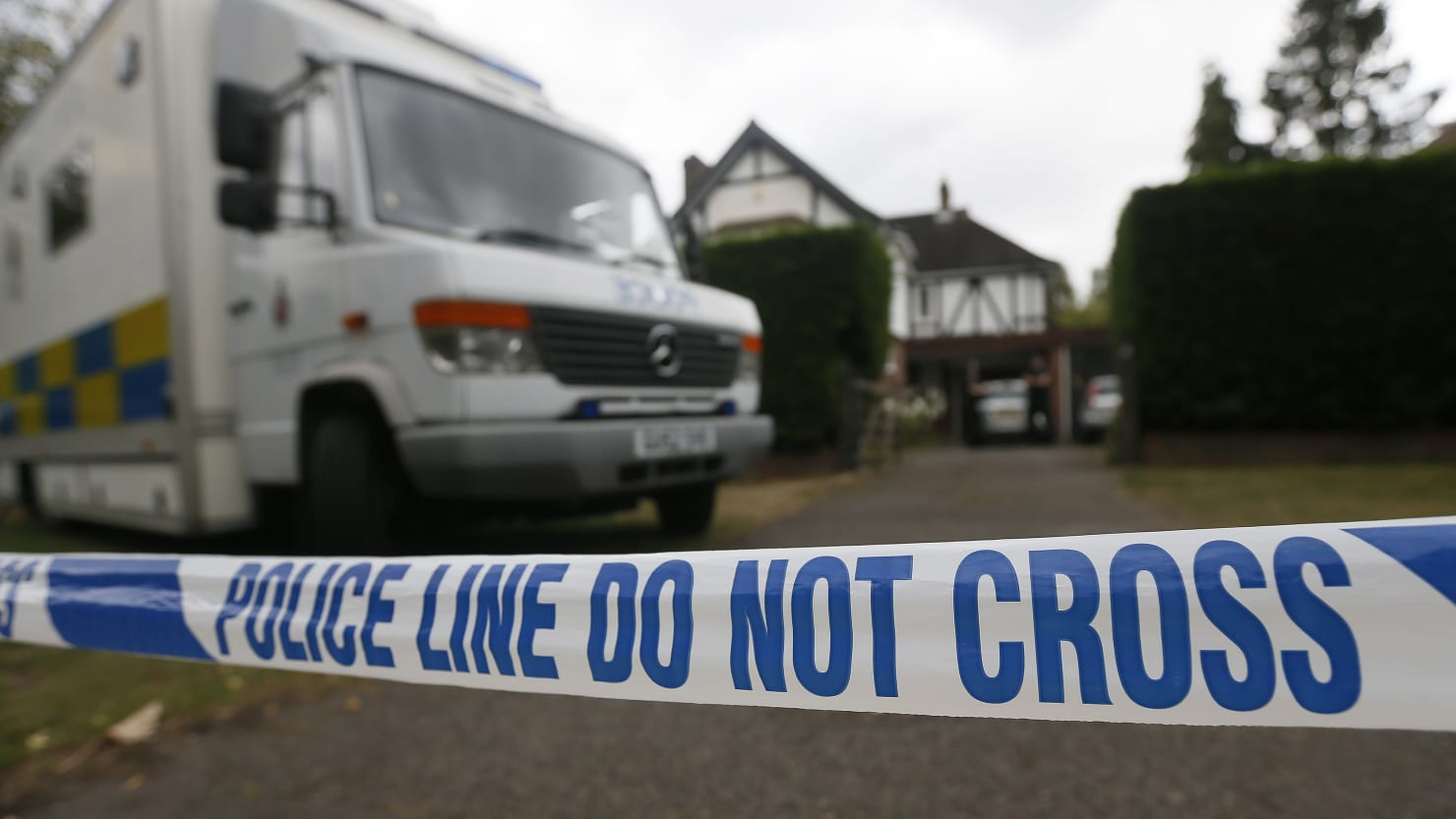 Same weapon used in failed conspiracy to kill hypnotist linked to 2012 British family murder