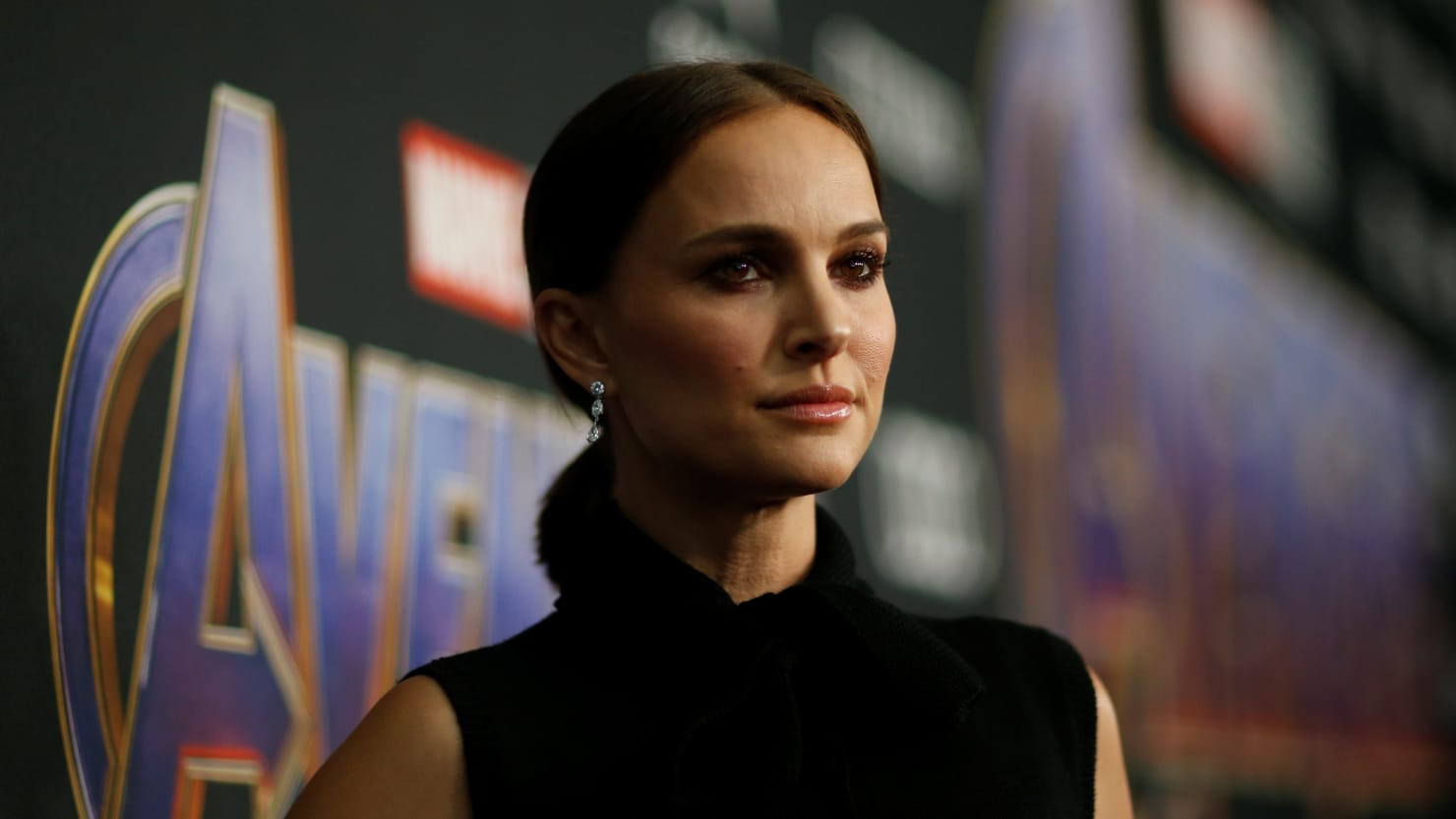 Natalie Portman Denies Dating Moby, Says He Was 'Much Older Man Being Creepy' With Her