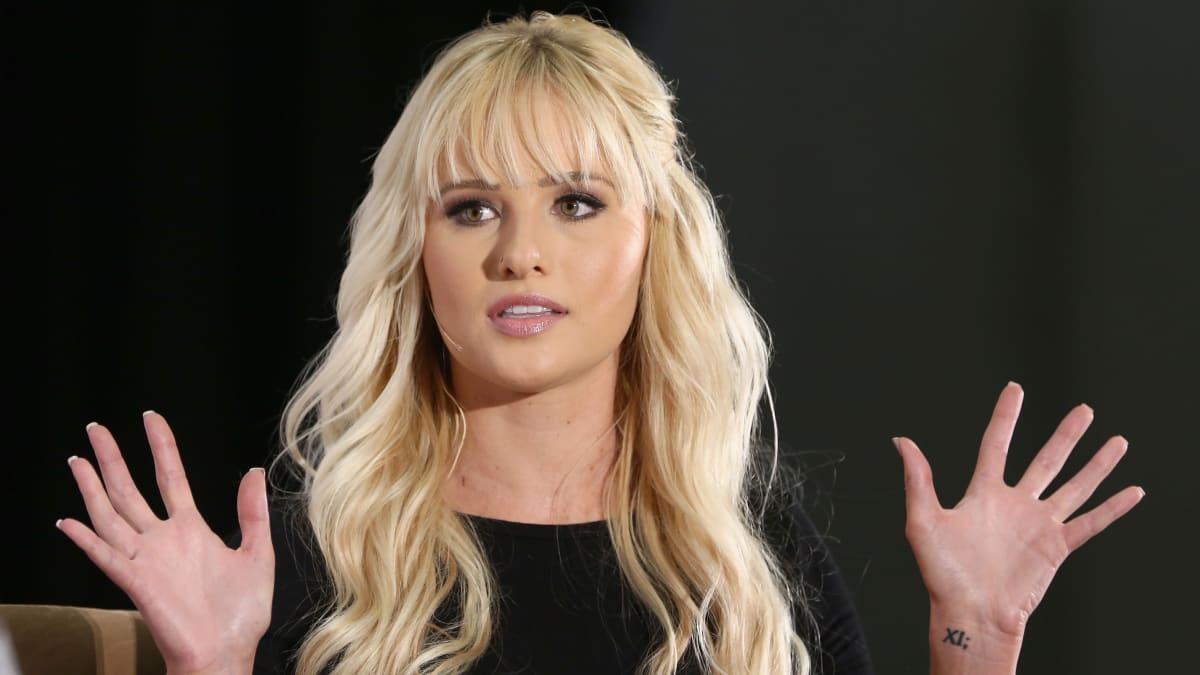 Fox News Stars Go After Their Colleague Tomi Lahren for Sexist Jab at Kamala Harris